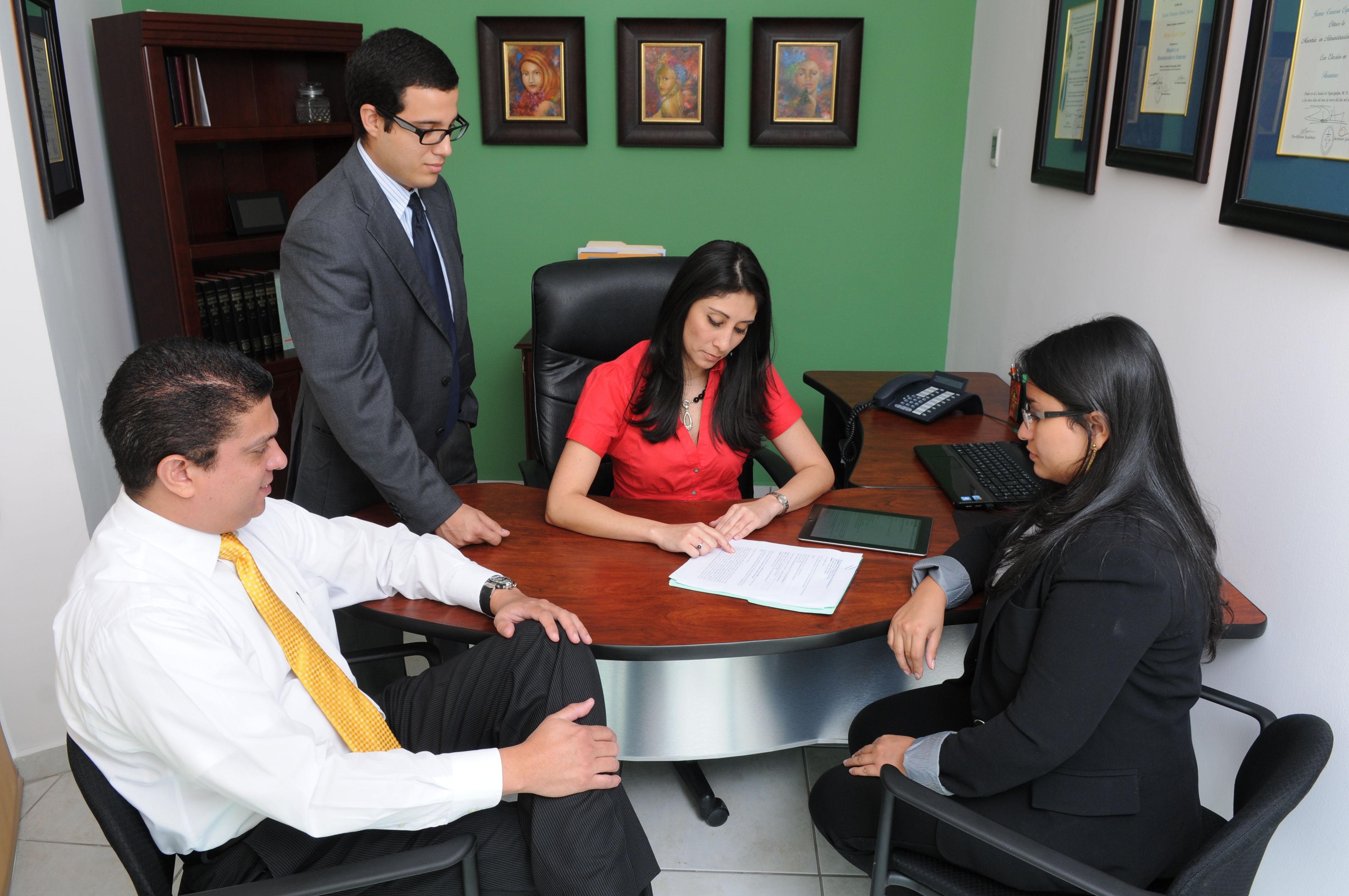 abogados corporativos